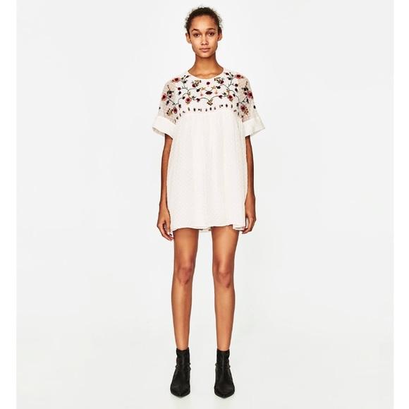 950e2d0990ae Zara embroidered jumpsuit dress. M 59d4e2292ba50a1a9a0817ac