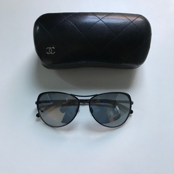 6703c759ee32 CHANEL Accessories - CHANEL Pilot Summer Black Aviator Sunglasses