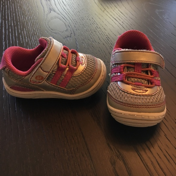8061d3c3786e Baby girls Stride Rite Solana sneaker. M 59d4e7452ba50ad5cb08265a