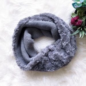 BCBGeneration Textured Grey Infinity Scarf