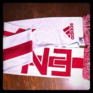 England World Cup Soccer scarves new  Adidas