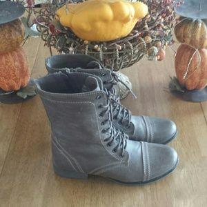 Steve Madden Combat Boots Size 8.5