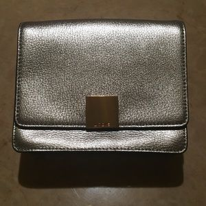 Handbags - NWT Lodis Pebble Beach Crossbody Bag