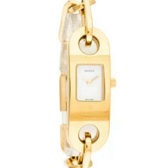 e323d02a105 Gucci Accessories - Gucci 6100 L series Timepieces