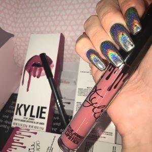 "Kylie Jenner ""POSIE K"" Lip Kit"