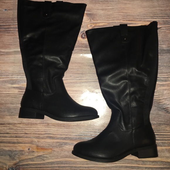 2a2d928de48 New!! torrid boots 8w. M 59f0f96bd14d7be370002e8c