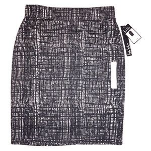 💥price drop💥NWT! Nicole miller pencil skirt