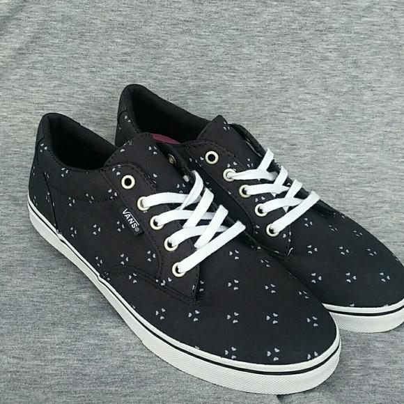 dd115593c0eb MOVING SALE Vans Off the Wall Navy Sneaker Shoes. M 59d54c422fd0b7de2d005323