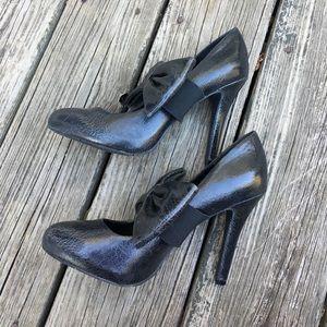 ⬇️ Kensie Girl Crinkled Vegan Leather Bow Shoes