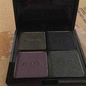 Brand new in box Mark eyeshadow