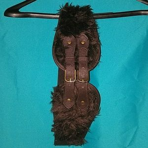 Accessories - Faux fur and leather belt
