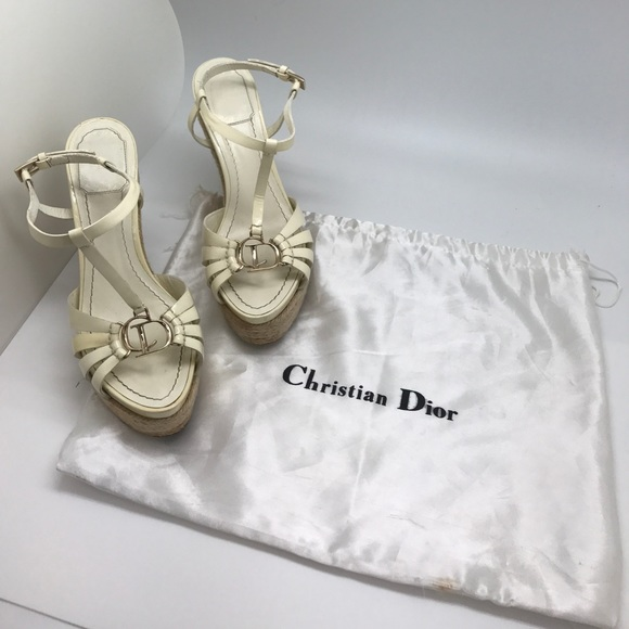 4601dfce154 Christian Dior White Patent Leather Wedges