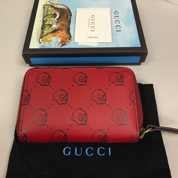 1a283ac918b Gucci Ghost 👻 zip wallet