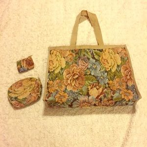 Large Vintage Tapestry Tote w/ 2 Matching Pouches
