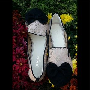 CHANEL  LACE SHOES  with bow  size 41 euro