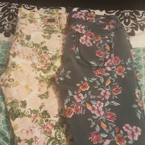 2 Pair of floral bottoms