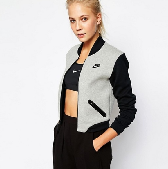 59d5612837f0 Nike Tech Fleece Bomber Jacket Women s M. M 59d65ecc3c6f9f4d130251ad