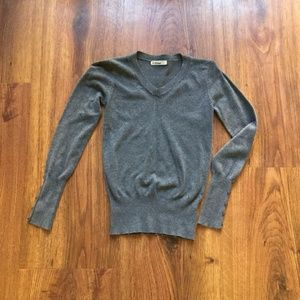 Sweaters - Grey V Neck Sweater