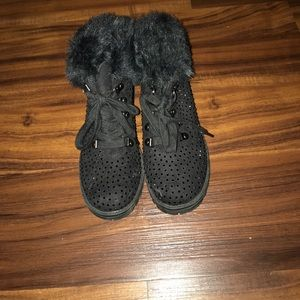 Girls justice booties size 6