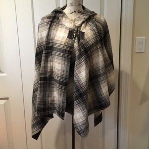 French Connection paid hooded cape toggle Sm/Med