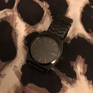 Black Metal Nixon Time Teller Watch