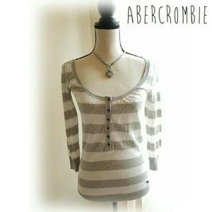 ❤BOGO Abercrombie sweater