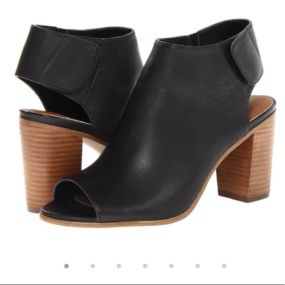 f95034392ea Steve Madden Nonstop Black Leather Peep Toe Bootie.  M 59d5aec04225be208f00cc9d