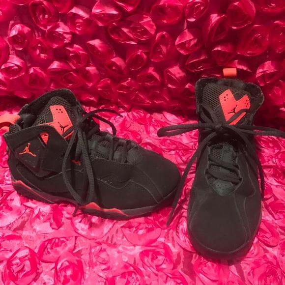 3bdfc2a7ff8b Jordan Other - Jordan True Flight Bp Basketball Shoes 343796-023