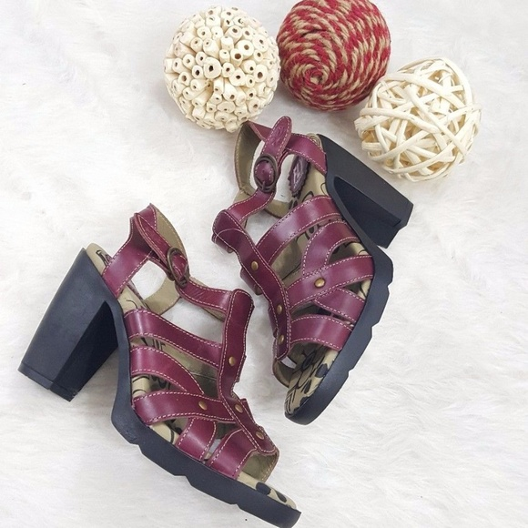 a4f803b72758 FLY LONDON MAYE STRAPPY SANDALS