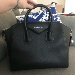 Givenchy Bags - Givenchy Black Antigona Medium Duffel - almost new