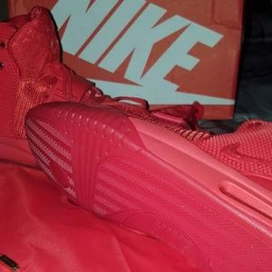 Nike Shoes - Nike yeezy red October