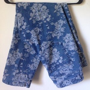 Floral Coldwater Creek Natural Fit Straight Legs