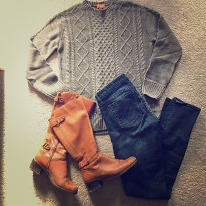 Tops - Chunky cable knit oversized sweater 😍✨