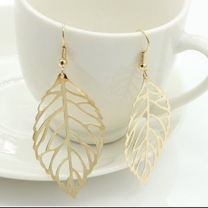 Jewelry - Brand new gold color drop leaf earrings