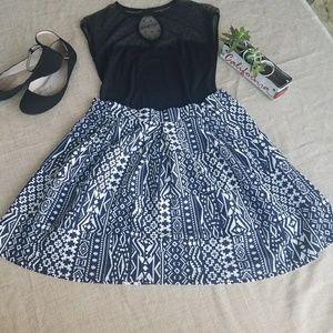 FINAL! Xhilaration blue tribal design skirt