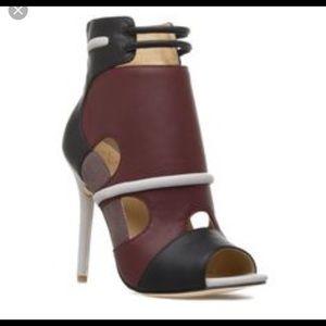 2 pair of Gwen Stefani Ayano Shoes