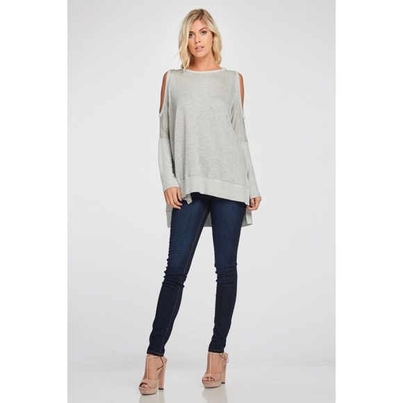 da1af5a51ac5a Cold Shoulder Top-GREY