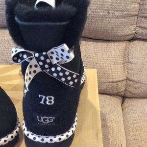 4425485e399 Ugg bailey how 78 limited edition
