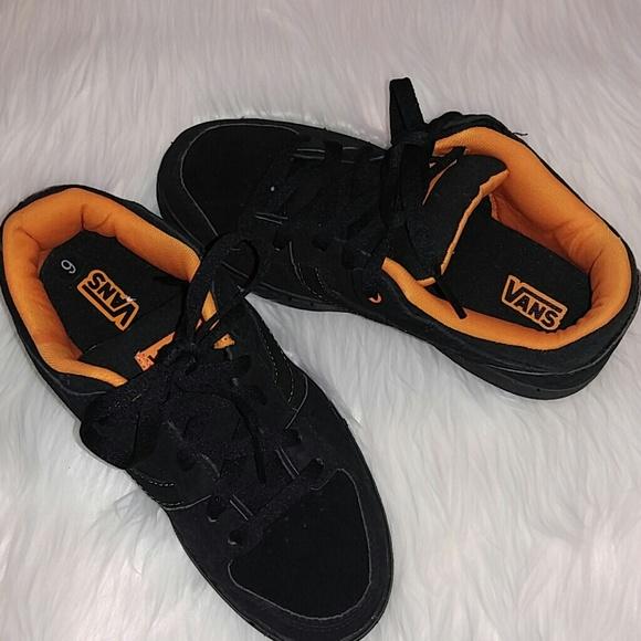 b0d23f1d93 NWOB Vans Black Leather Shoes Men s 6. SALE