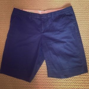 Lilly Pulitzer Avenue Navy shorts size 12