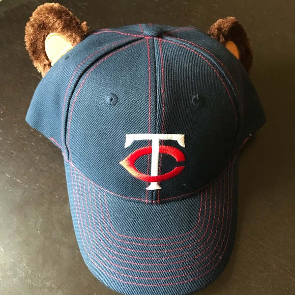 e7d19eeab NWOT Minnesota Twins Hat w TC Bear Ears