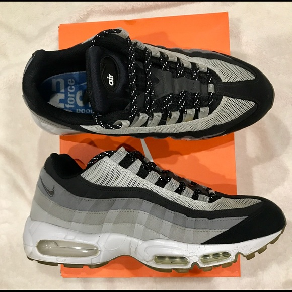 Nike Air Max 95 OG Colorway Vintage