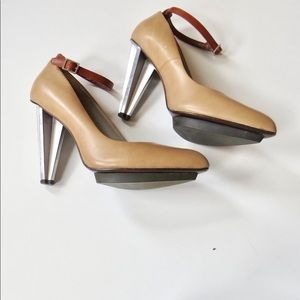 United Nude Pumps