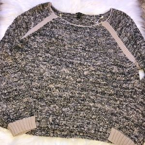 Jessica Simpson Black and Cream Sweater