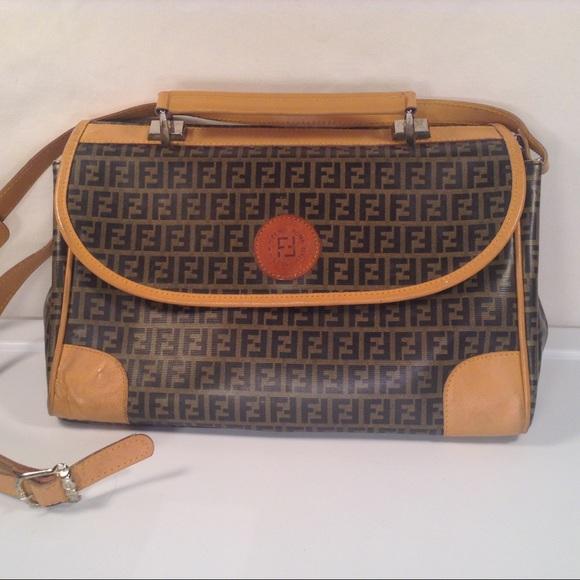 cc1542602329 Fendi Handbags - Vintage Fendi Logo Messenger Bag Hand Bag Purse