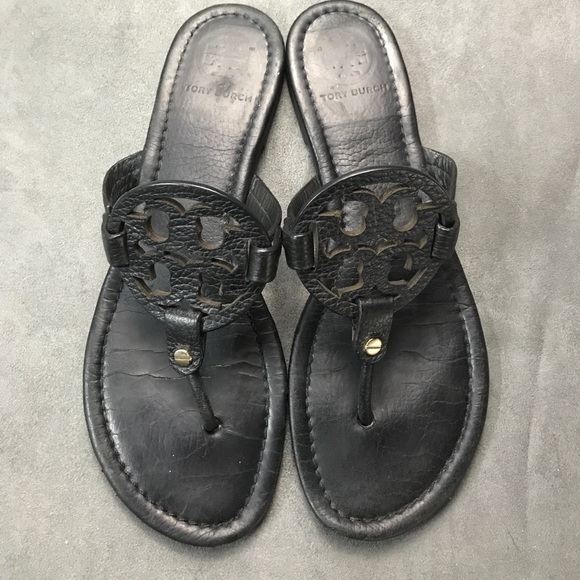 b2432d63da2a46 Tory Burch Miller Black Pebbled leather sandals. M 59d6a4ca2de512c2600369b4