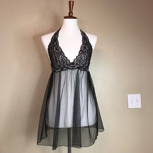 NWOT| {vS} Very Sexy Lace-Trim Halter Babydoll 