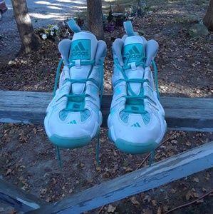 Adidas men's Shoe's size 11