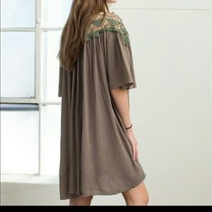 April Spirit Dresses - Swing Dress in Olive nwt
