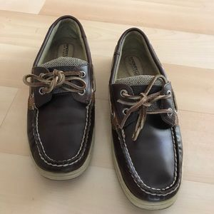 Brown Sperry top-sider leather shoes